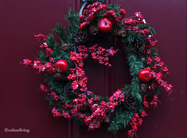 wreaths red on red